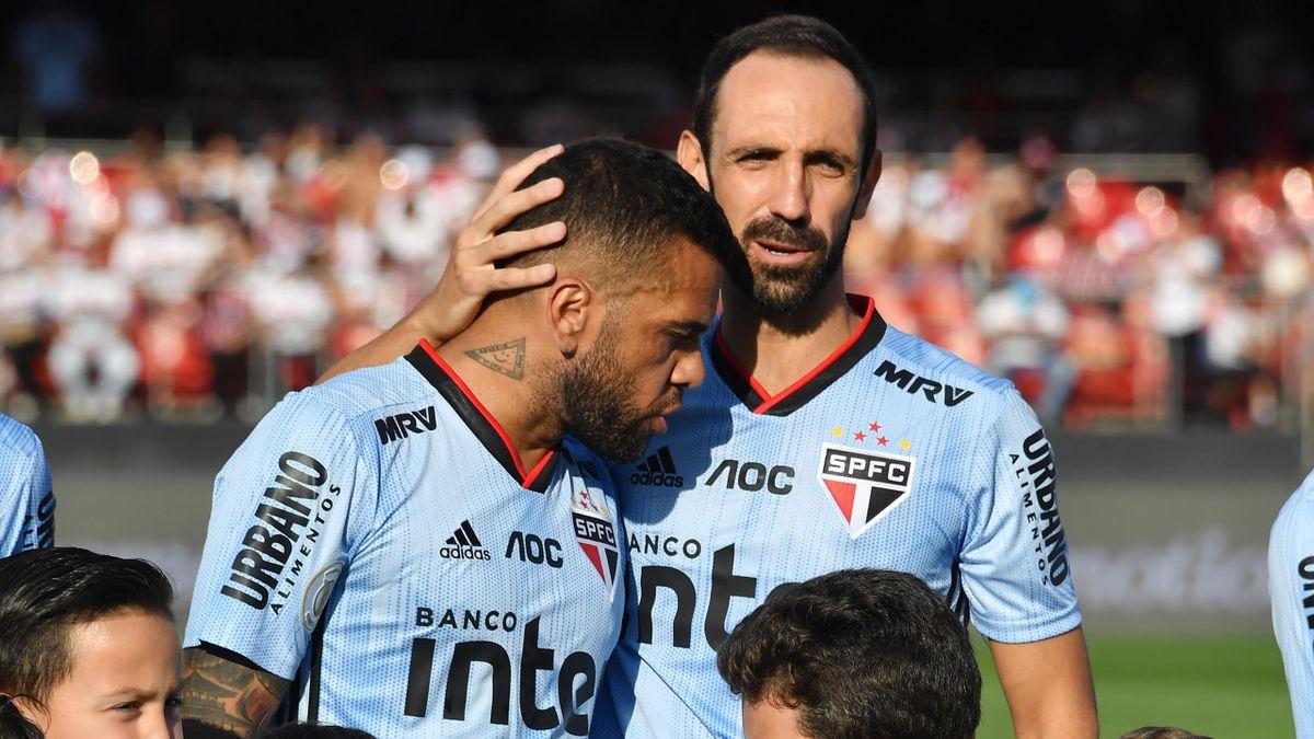Дани Алвес и Хуанфран («Сан Паулу»)