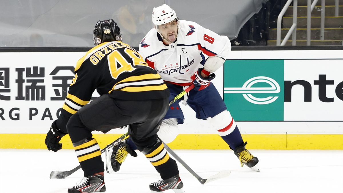 Александр Овечкин в матче против «Бостона»