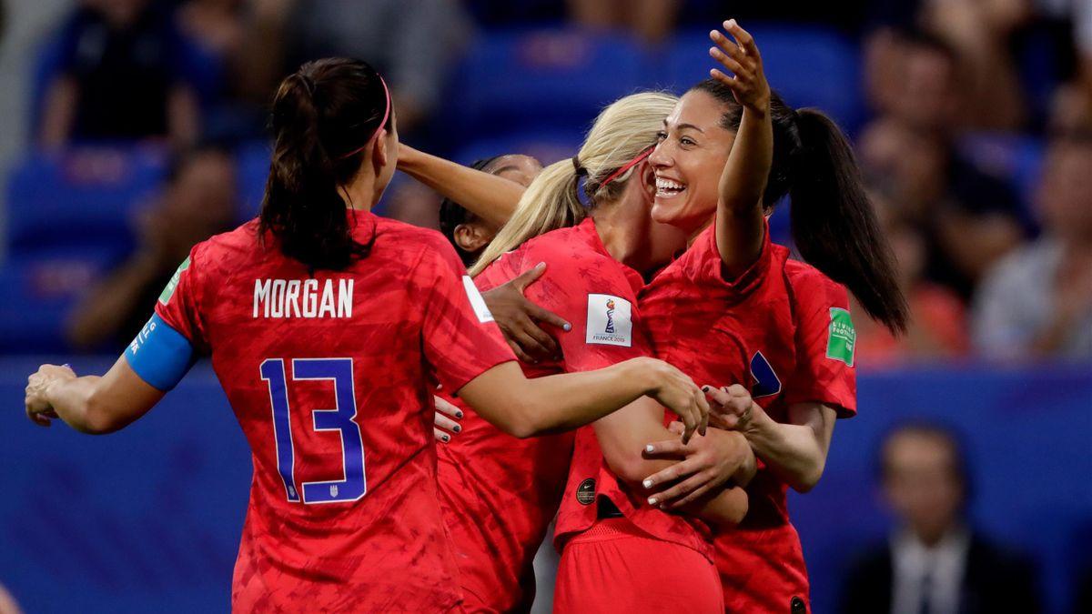 Alex Morgan of USA Women, Lindsey Horan of USA Women, Christen Press of USA Women celebrate 1-0 during the World Cup Women match between England v USA at the Stade de Lyon