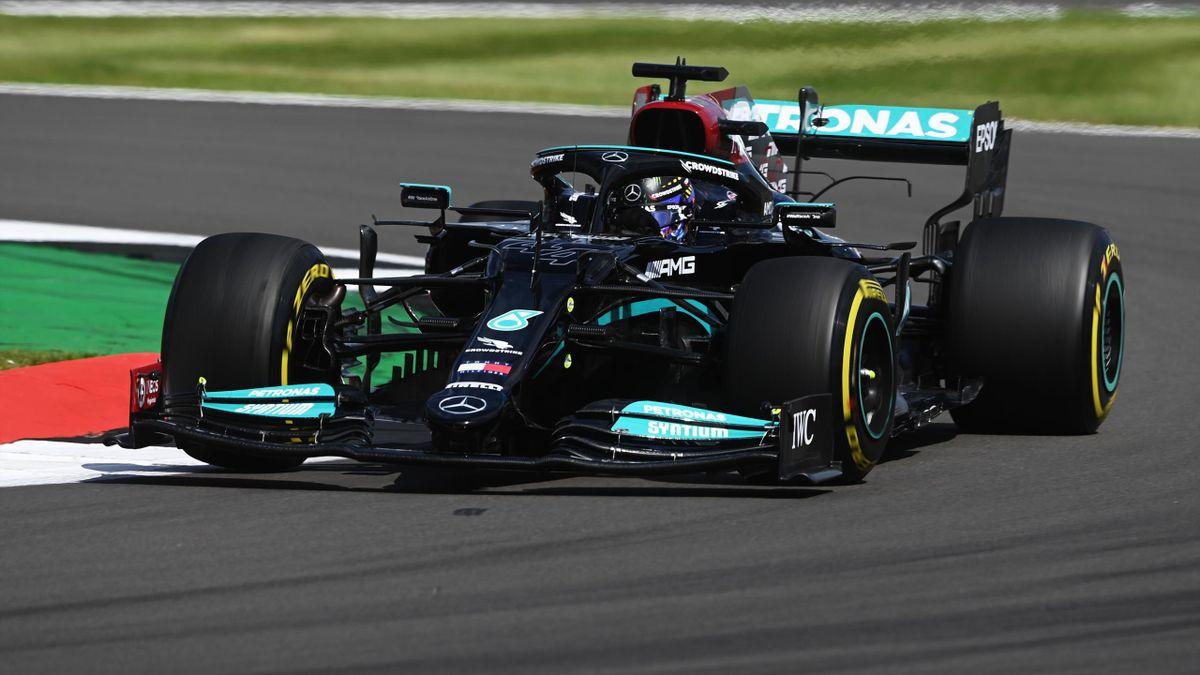 Lewis Hamilton (Mercedes) in Silverstone