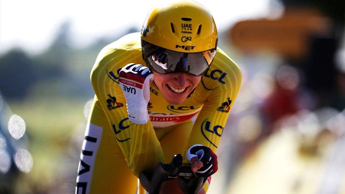 Tadej Pogacar nella crono di Saint-Émilion - Tour de France 2021
