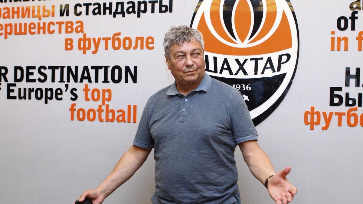 Mircea Lucescu a fost primit ca un paria la Kiev de fanii lui Dinamo