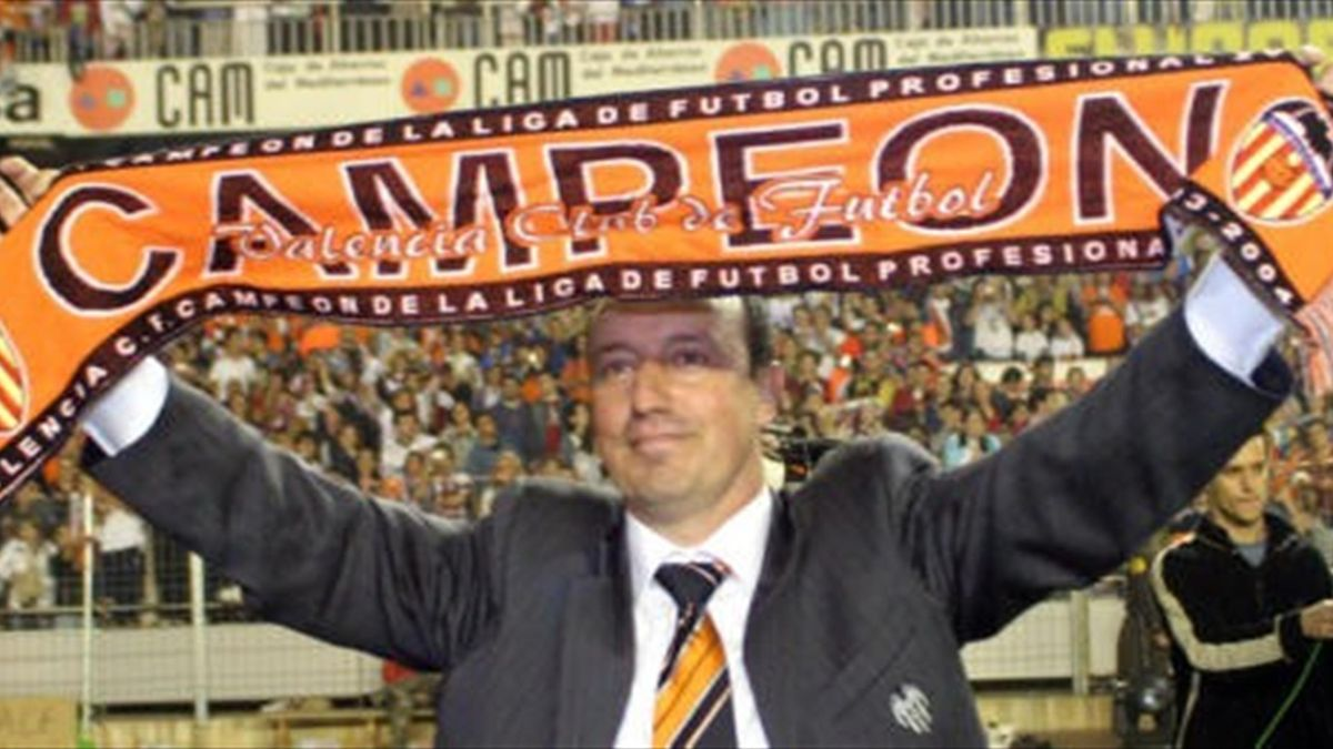 Rafa Benítez, campeón con el Valencia