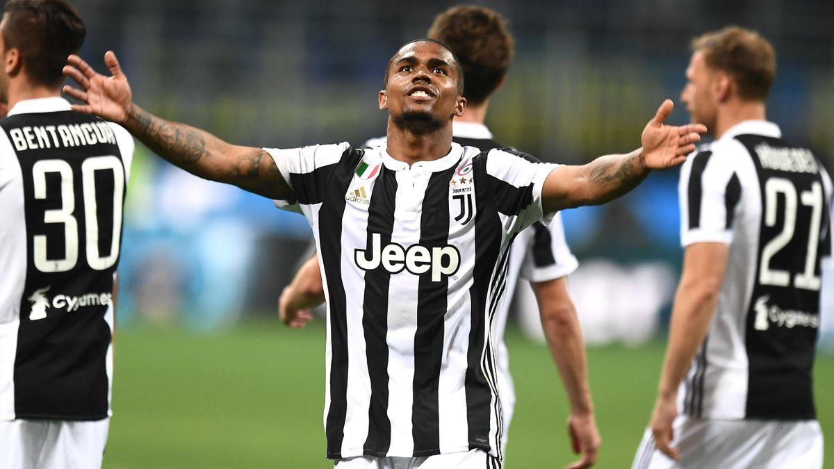 Douglas Costa von Juventus Turin