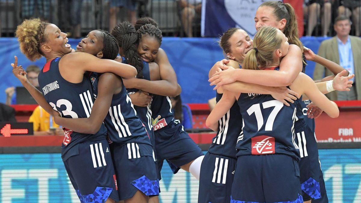 La joie des Françaises après leur qualification pour la finale (Euro 2017).