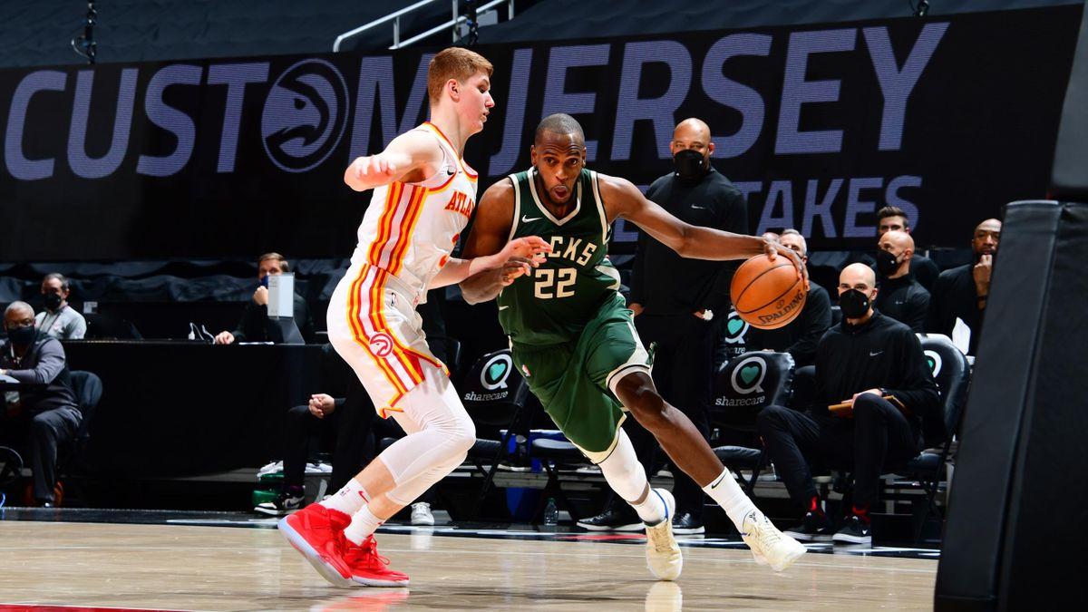 Kevin Huerter e Khris Middleton, Hawks-Bucks, NBA 2020-21Kevin Huerter e Khris Middleton, Hawks-Bucks, NBA 2020-21