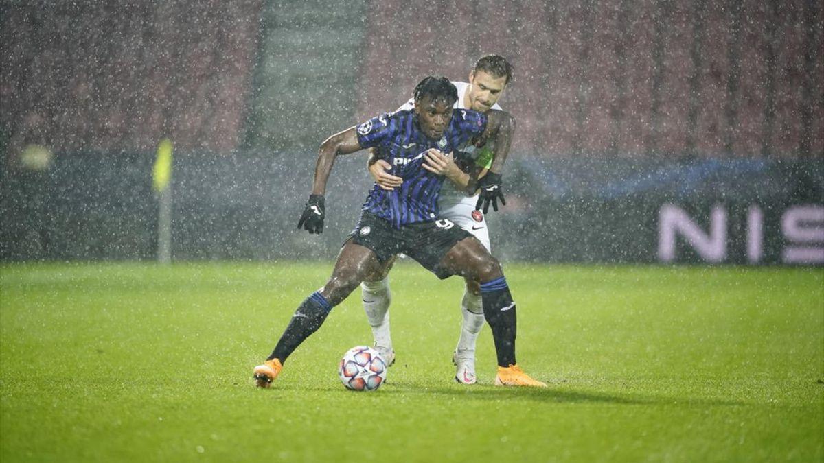 Duvan Zapata Inspires Atalanta To Comfortable Win At Midtjylland Eurosport