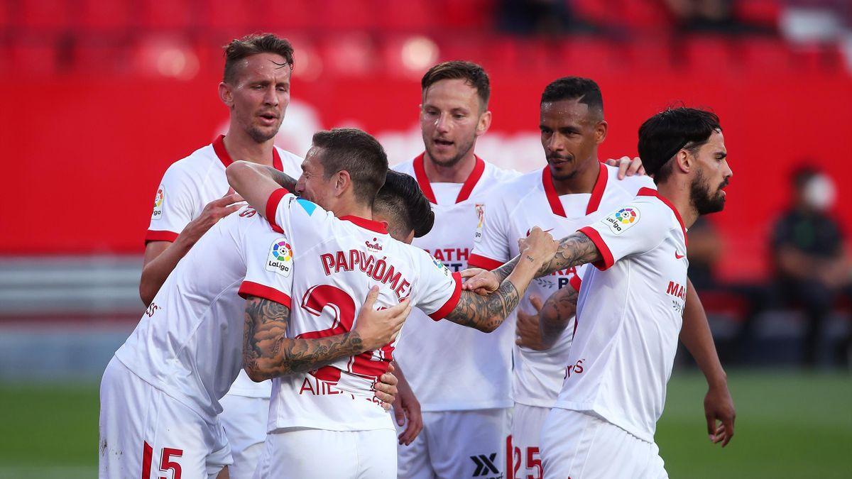 Football News Opinion Sevilla Showing Brains Not Bank Balances The Secret To Long Term Success Eurosport