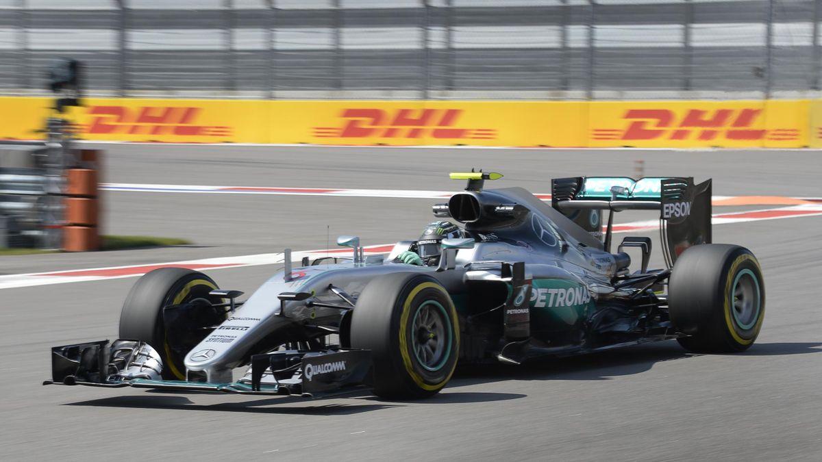 Nico Rosberg (Mercedes) sur le circuit de Sotchi (Grand Prix de Russie), samedi 30 avril 2016