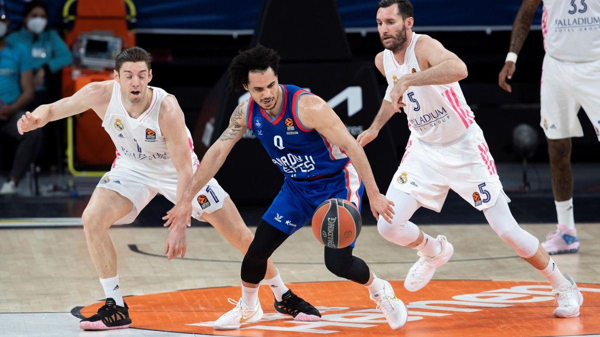 El Madrid cae ante Efes en el primer partido del playoff por la Final Four