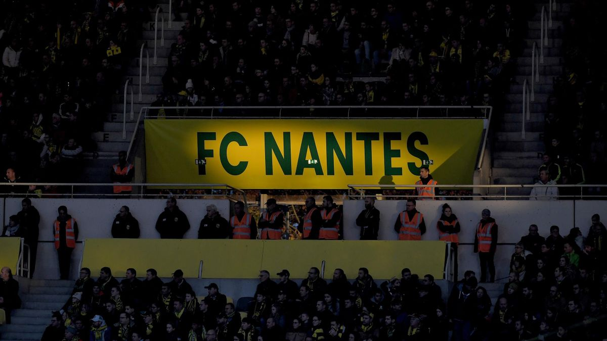 Le logo du FC Nantes illuminé lors de Nantes-Saint-Etienne en 2019