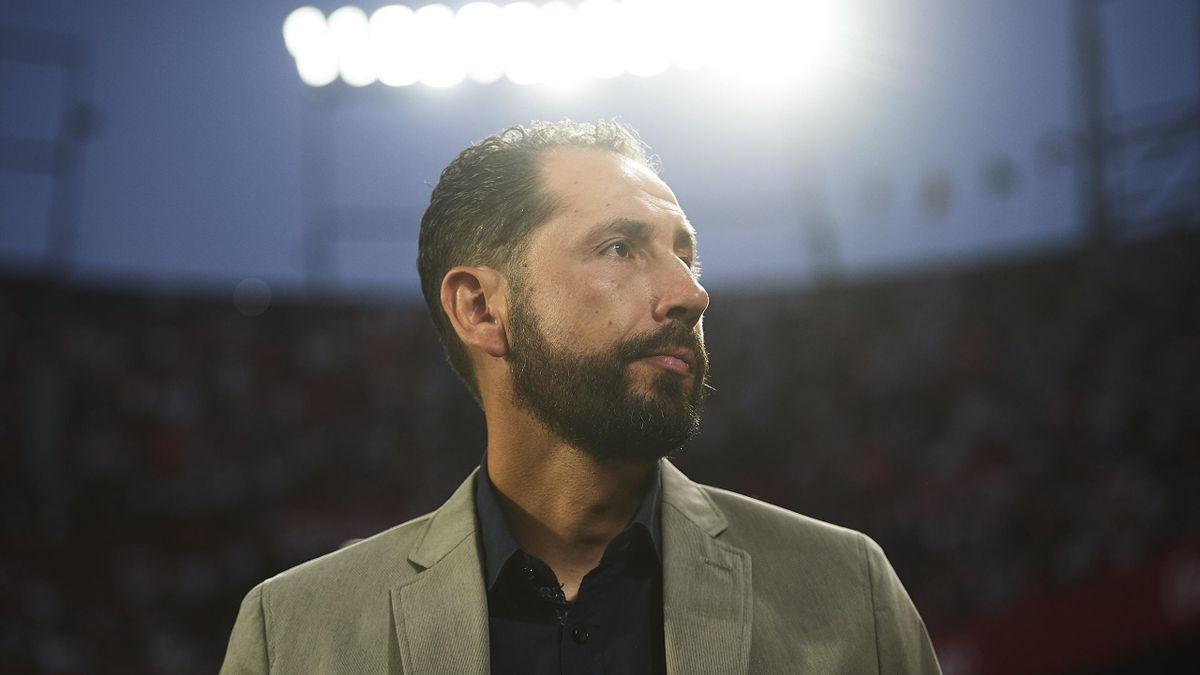 Pablo Machin of Sevilla FC looks on during Sevilla v Ujpest UEFA Europa League Second Qualifying Round 1st leg match at Estadio Ramon Sanchez Pizjuan on July 26, 2018