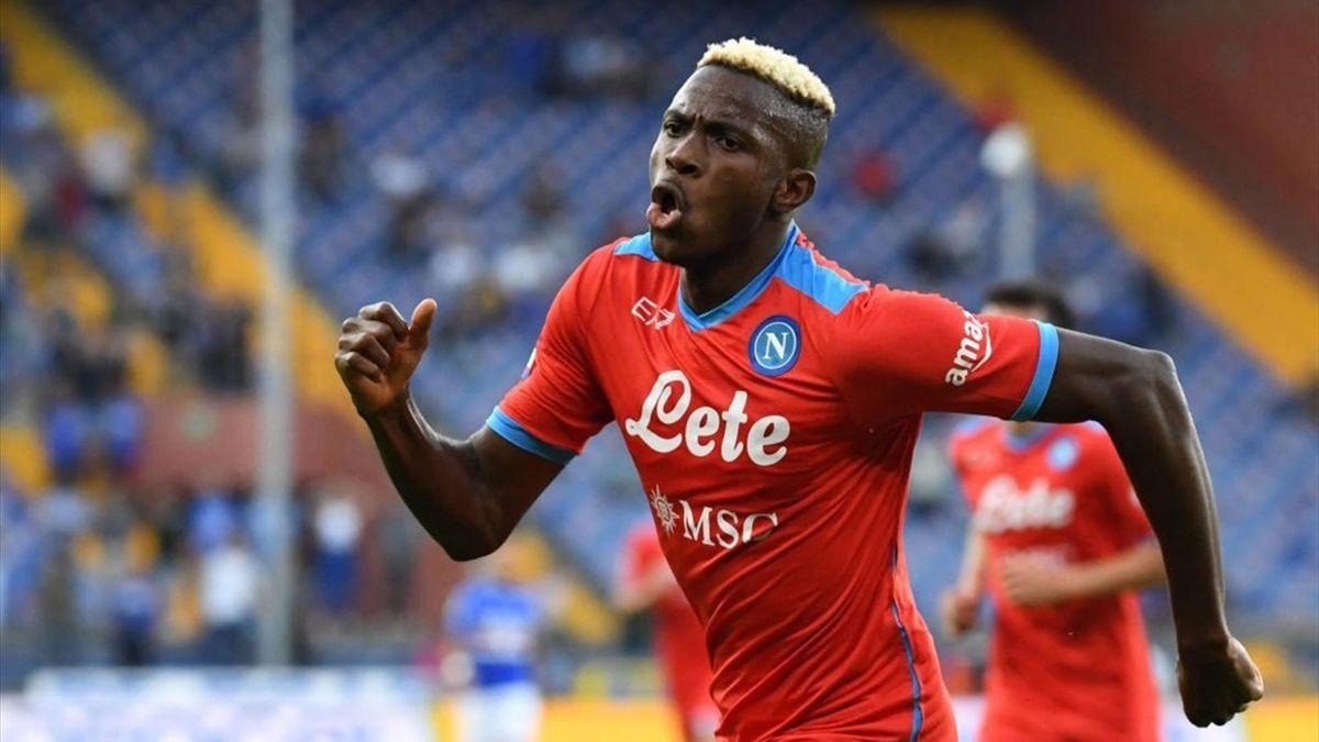 Victor Osimhen esulta dopo il gol - Sampdoria-Napoli Serie A 2021-22