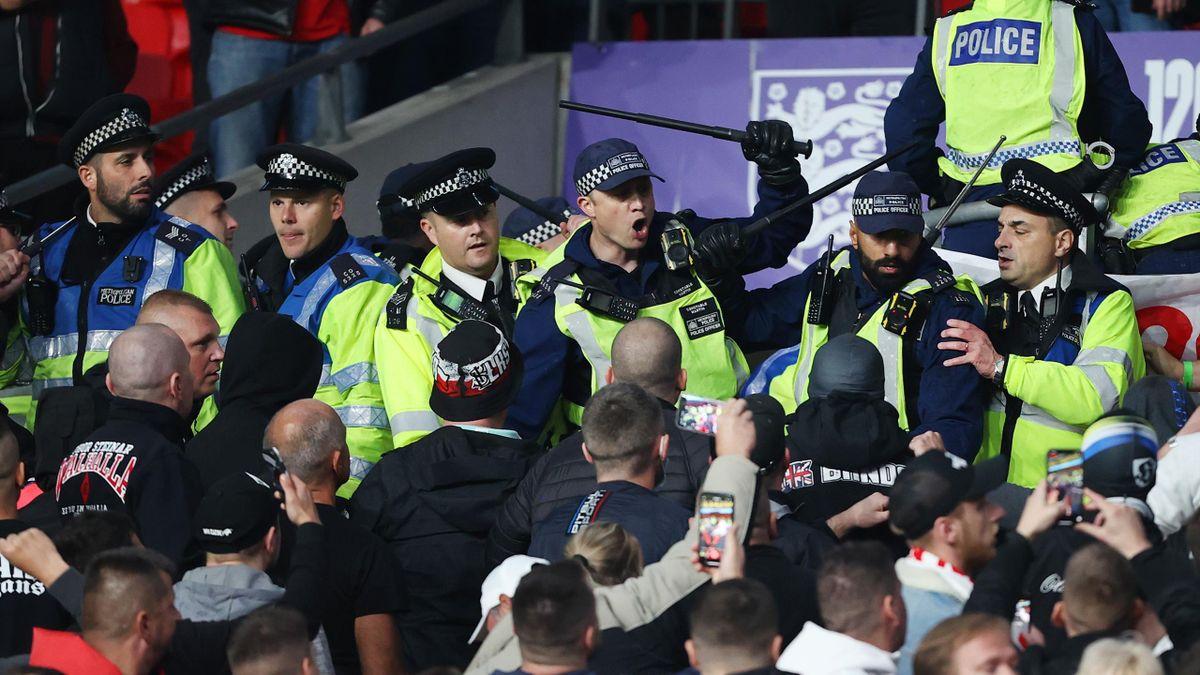 Ungarische Chaoten prügelten sich im Wembley-Stadion mit Polizisten