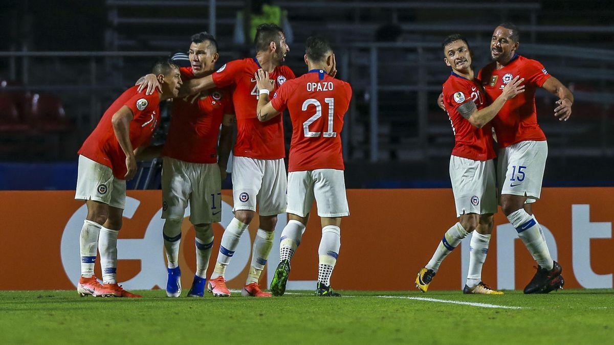 L'esultanza di Alexis Sanchez dopo il gol segnato al Giappone in Copa America, Copa America, Getty Images