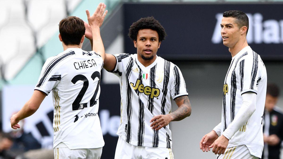 Weston McKennie of Juventus celebrates