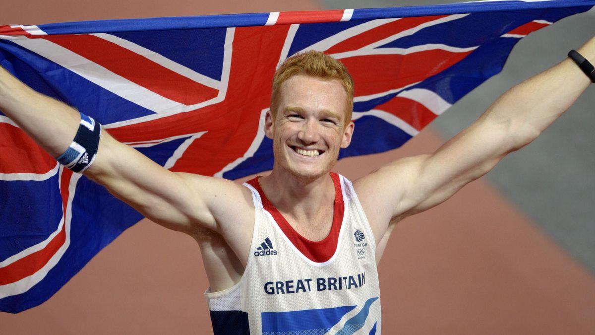 Greg Rutherford a londoni aranyát ünnepli