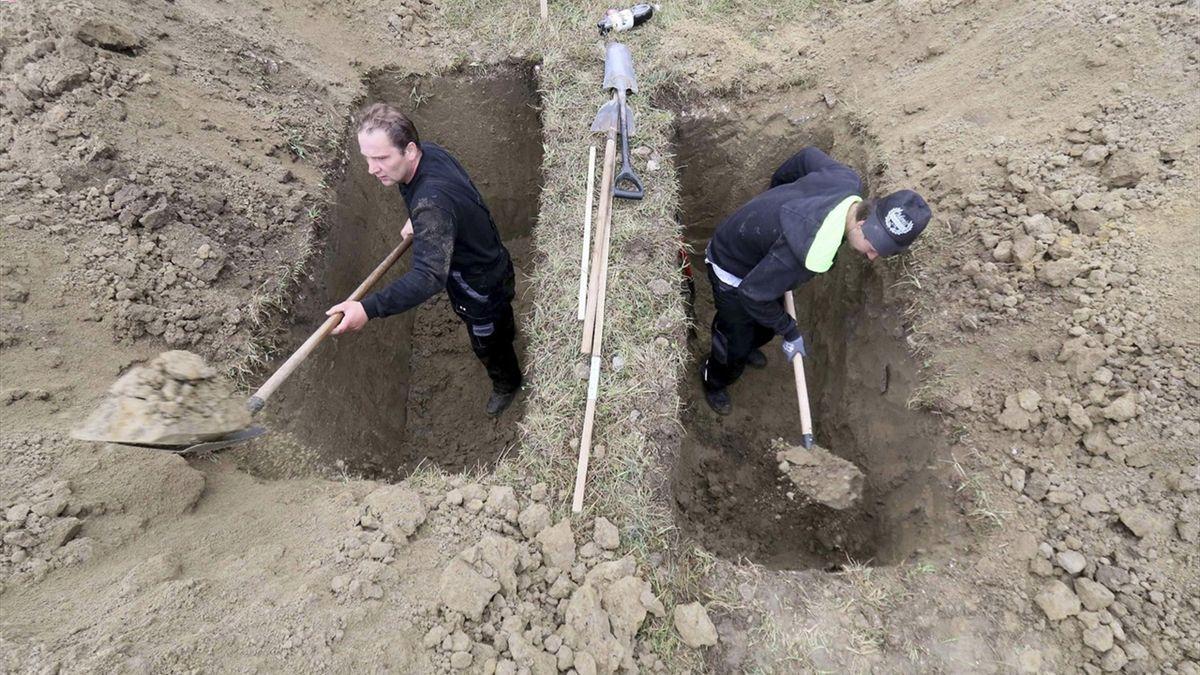 Скоростное копание могил
