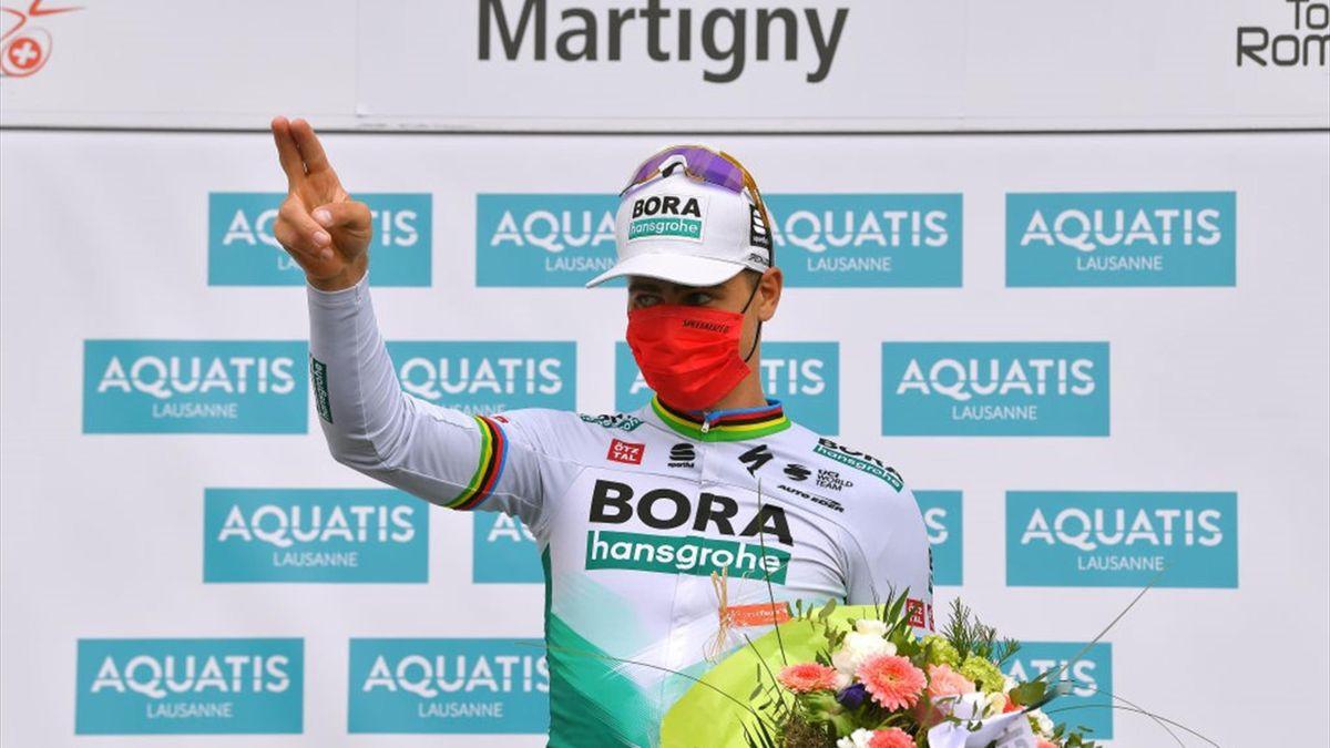 Peter Sagan sul podio di Martigny dopo la vittoria della 1a tappa del Tour de Romandie 2021 - Getty Images