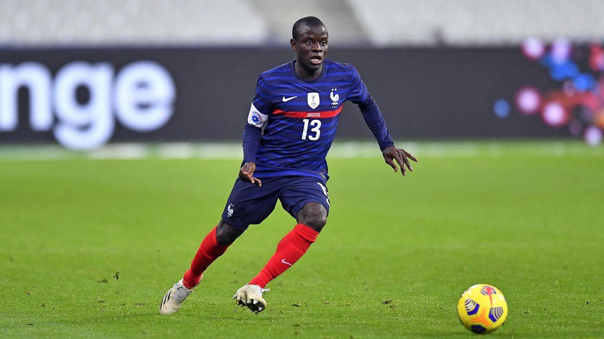 N'Golo Kanté avec le maillot de l'équipe de France
