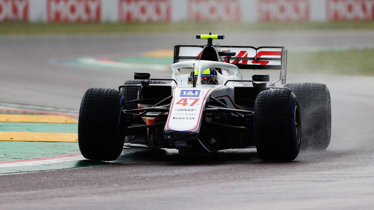 Mick Schumacher (Haas) verlor bei seinem Crash in die Mauer seinen Frontflügel