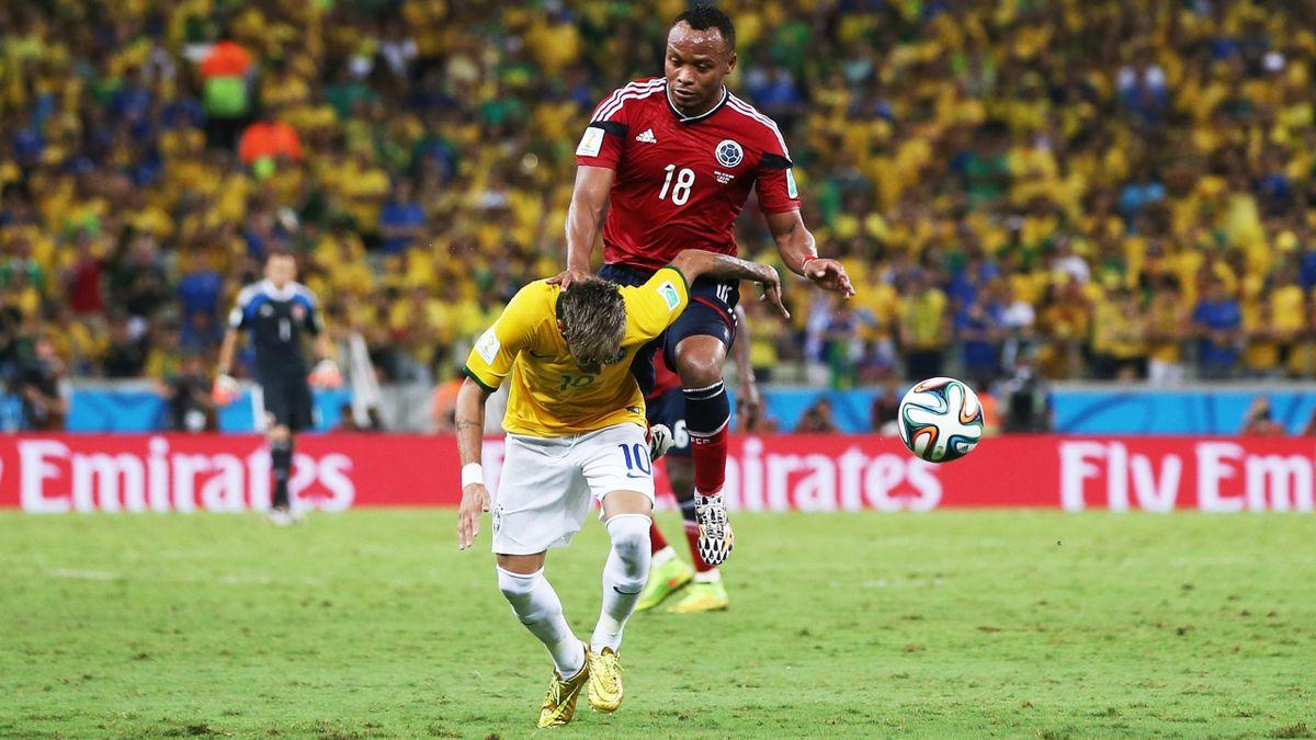 La faute de Zuniga sur Neymar