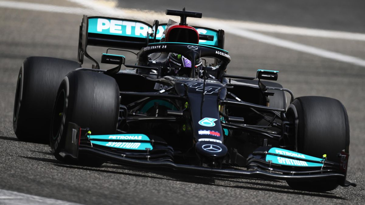 Weltmeister Lewis Hamilton (Mercedes) bei den Testfahrten in Bahrain
