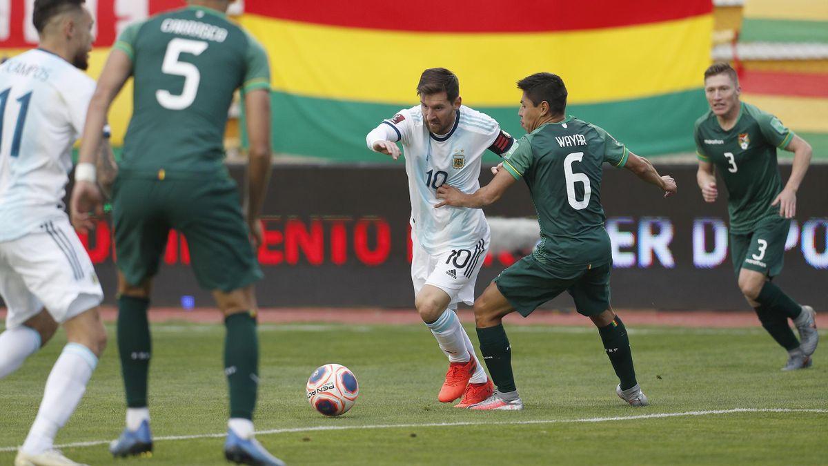 Lionel Messi, à l'oeuvre face à la Bolivie, lors des éliminatoires de la Coupe du monde 2022 - 13/10/2020