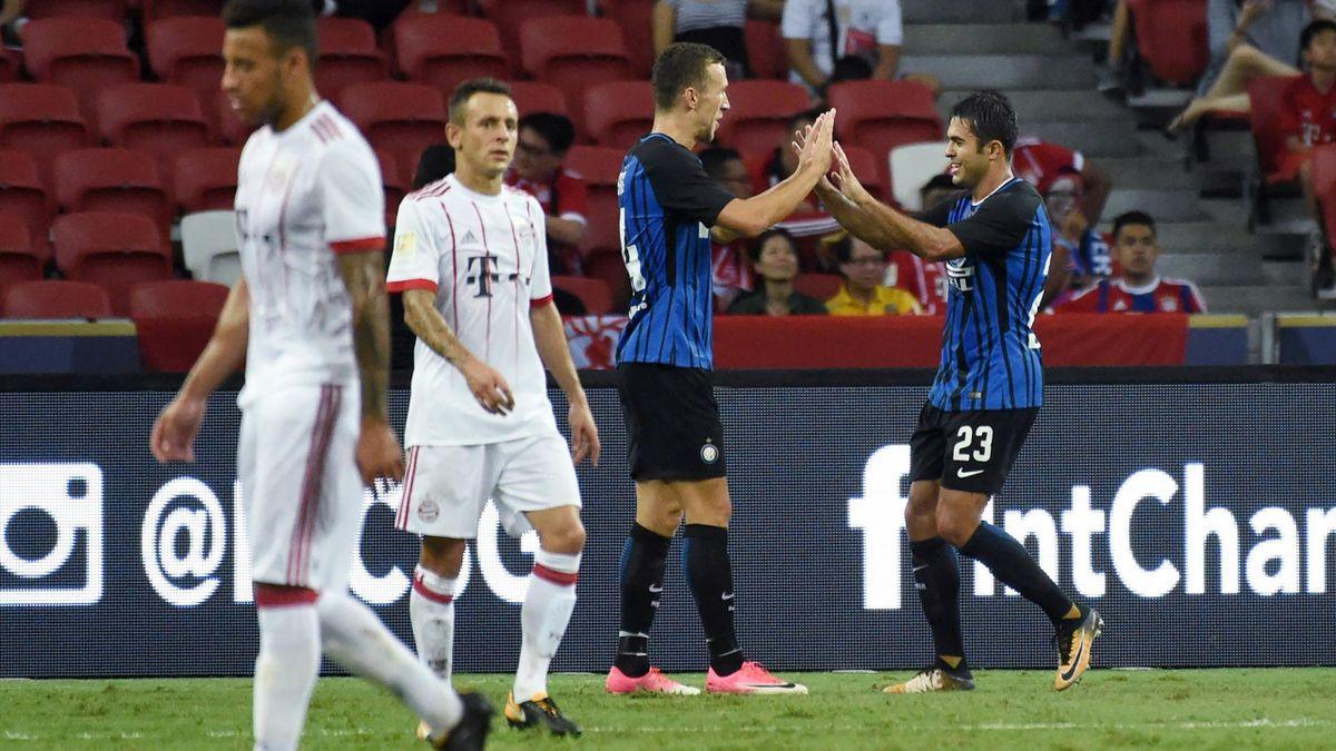 Corentin Tolisso und Rafinha gegen Inter Mailand