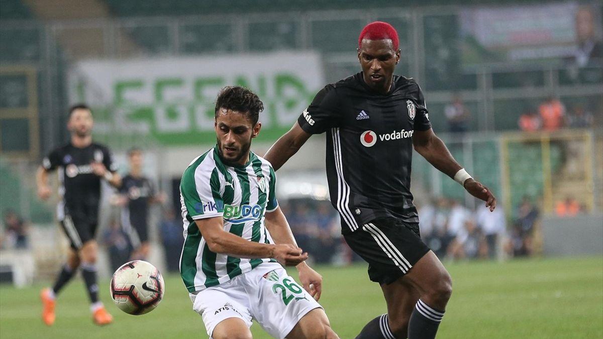 Barış Yardımcı (Bursaspor) vs Ryan Babel (Beşiktaş)