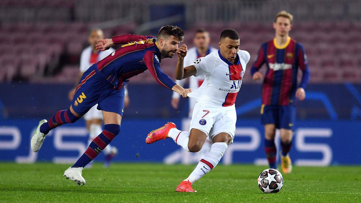 Килиан Мбаппе в первом матче 1/8 ЛЧ против «Барселоны»