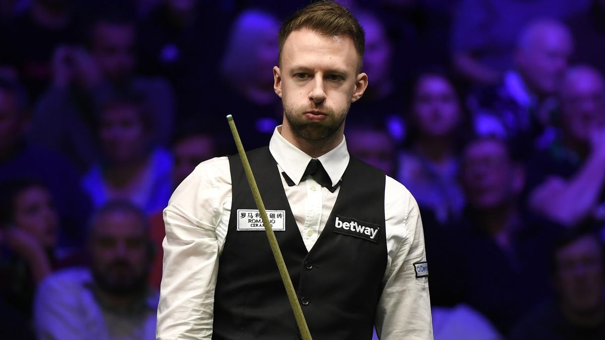 YORK, ENGLAND - DECEMBER 01: Judd Trump reacts during his match against Mei Xi Wen in round 2 of the Betway UK Championship at The Barbican on December 01, 2019 in York, England. (Photo by George Wood/Getty Images)