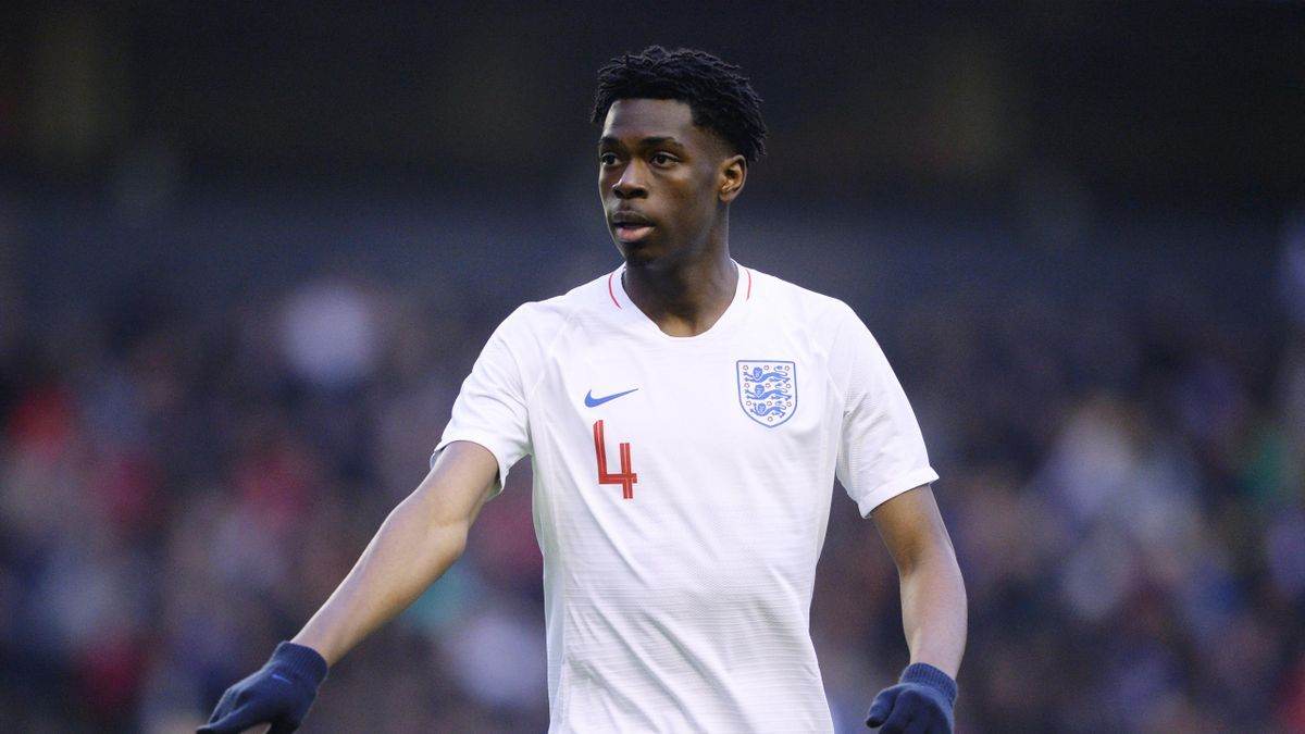 Ovie Ejaria of England U21 in action during the international friendly match between England U21 and Romania U21 at Molineux on March 24, 2018 in Wolverhampton, England.