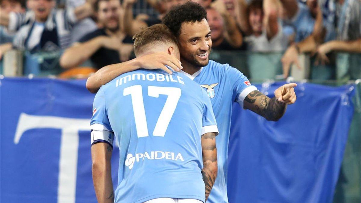 Felipe Anderson esulta con Immobile per il gol nel derby Lazio-Roma - Serie A 2021/2022