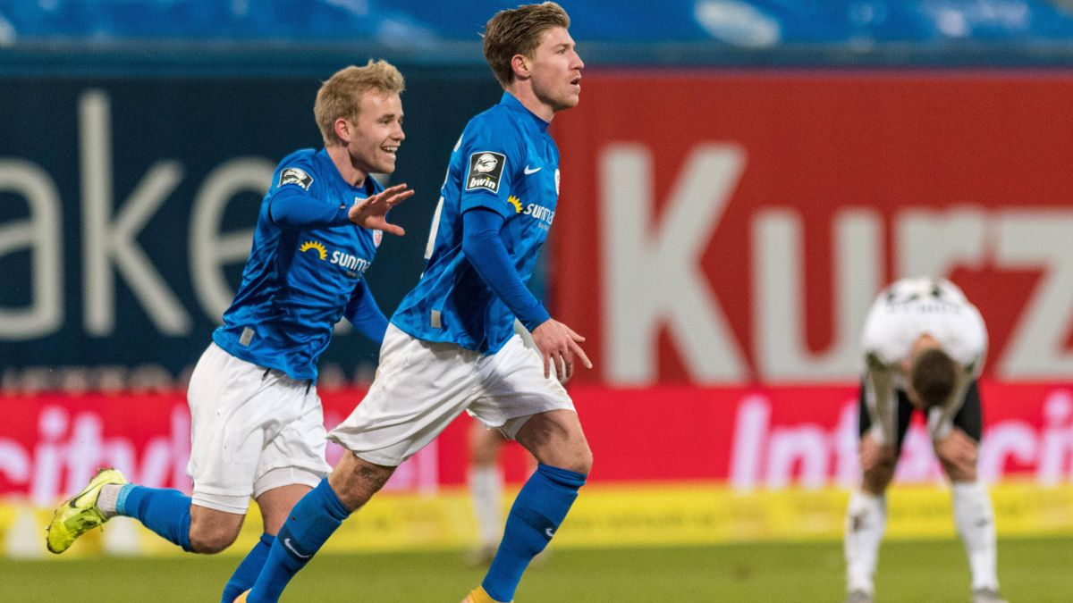 Hansa Rostock jubelt über den Last-Minute-Heimsieg gegen den SC Verl