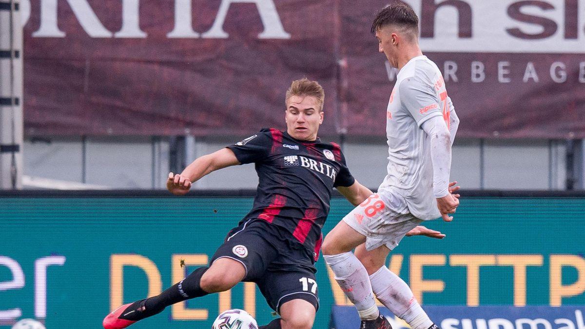 SV Wehen Wiesbaden gegen den FC Bayern München II