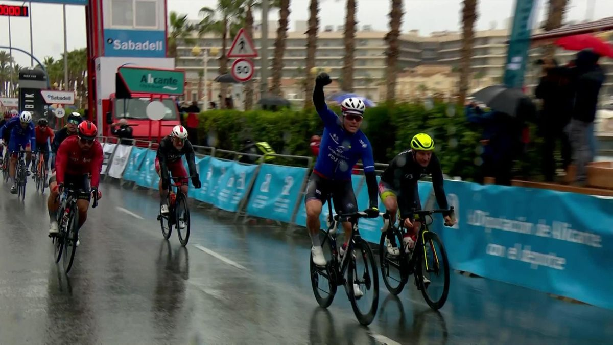Highlights: Demare takes Volta a Valenciana Stage 2 win