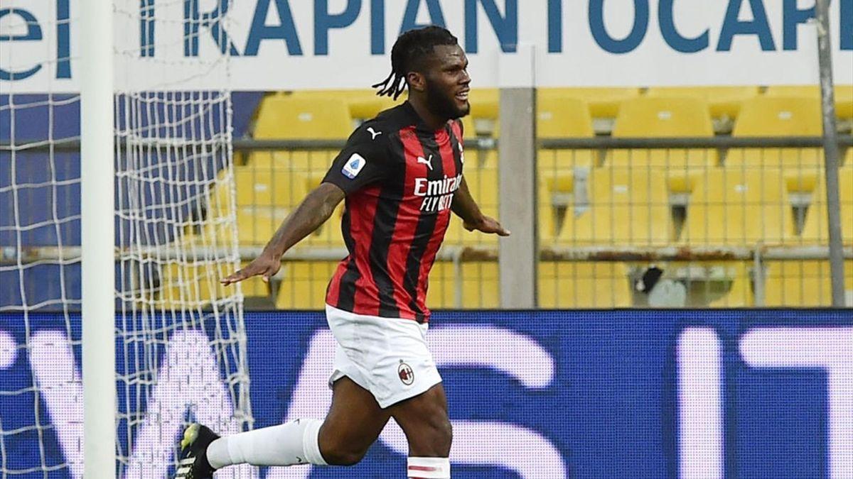 Franck Kessié esulta dopo il gol in Parma-Milan Serie A 2020-21
