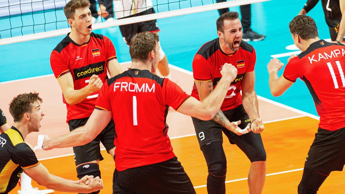 Deutsche Volleyballer mit lösbaren Aufgaben