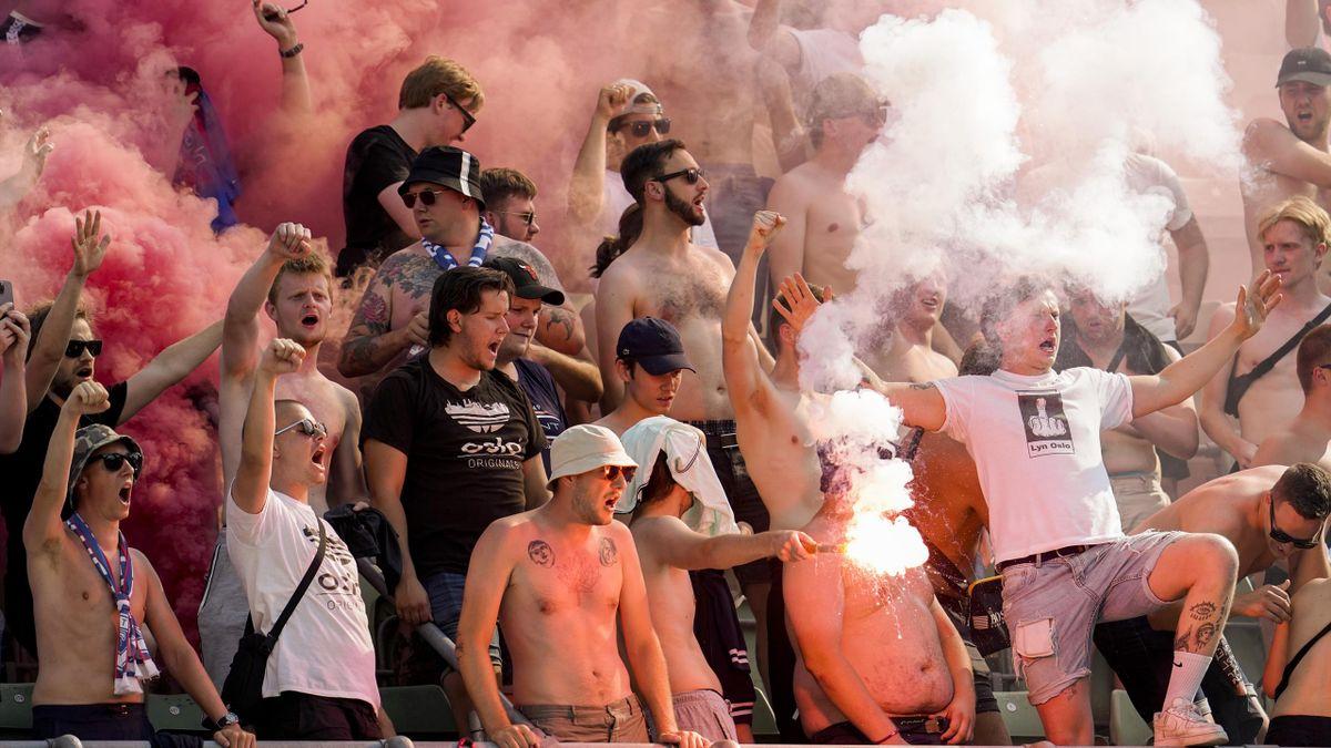 Det var høy temperatur under søndagens cupkamp mellom Lyn og Vålerenga på Bislett stadion.