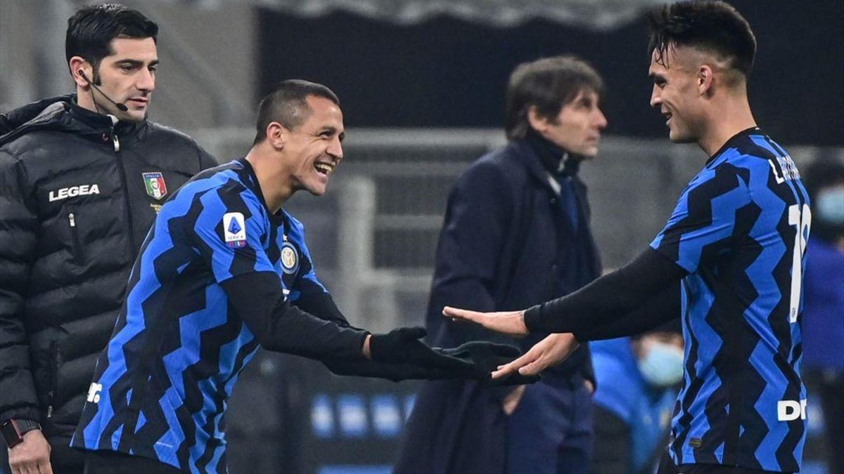 Alexis Sanchez prende il posto di Lautaro Martinez in Inter-Juventus - Serie A 2020/2021