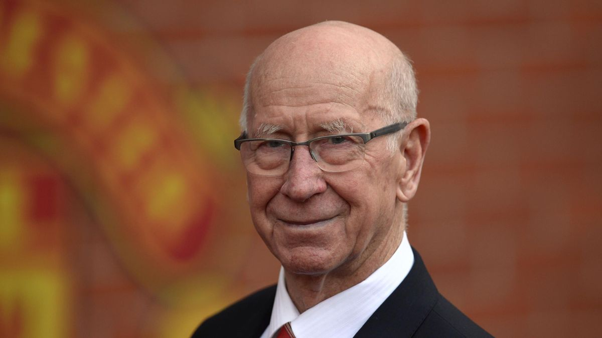 Manchester United's English former player Bobby Charlton poses for a photograph