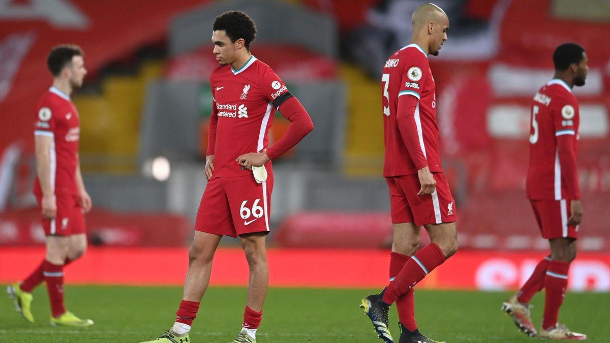 Trent Alexander-Arnold (l.) und Fabinho vom FC Liverpool
