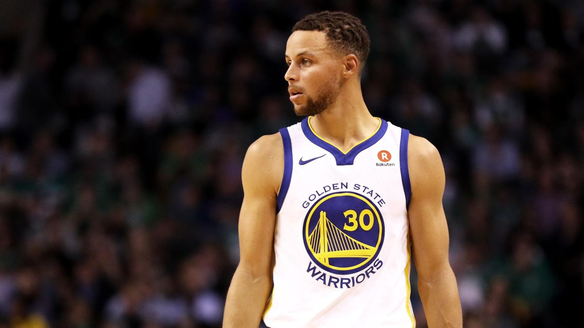 Stephen Curry lors de Boston - Golden State en NBA le 16 novembre 2017