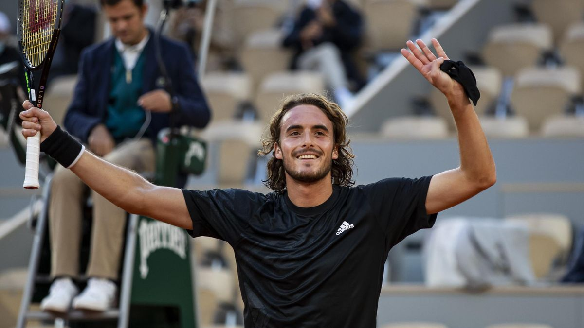 Stefanos Tsitsipas of Greece celebrates his victory over Andrey Rublev of Russia in the quarter finals of the men's singles at Roland Garros