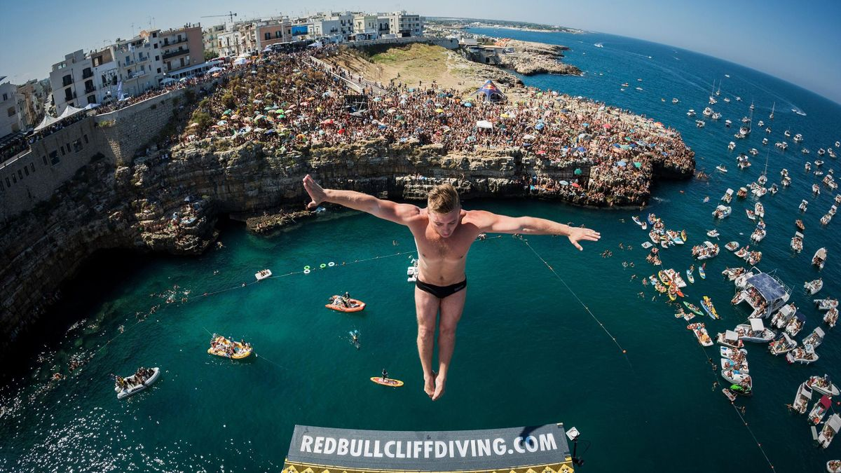 Red Bull Cliff Diving Series - Polignano a Mare