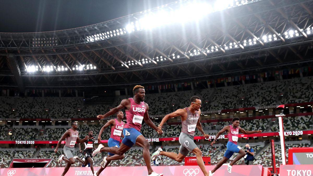 Tokyo 2020 | De Grasse 200m gold medal