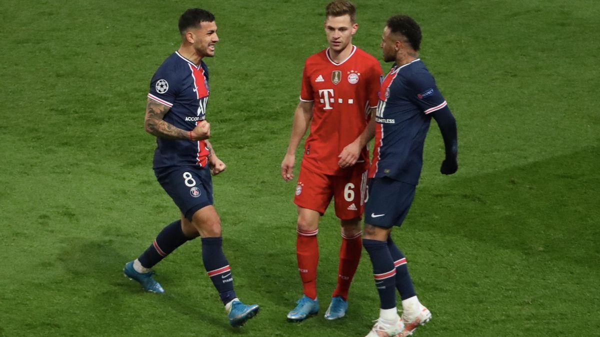 Neymar și Paredes, bucurându-se în fața lui Kimmich