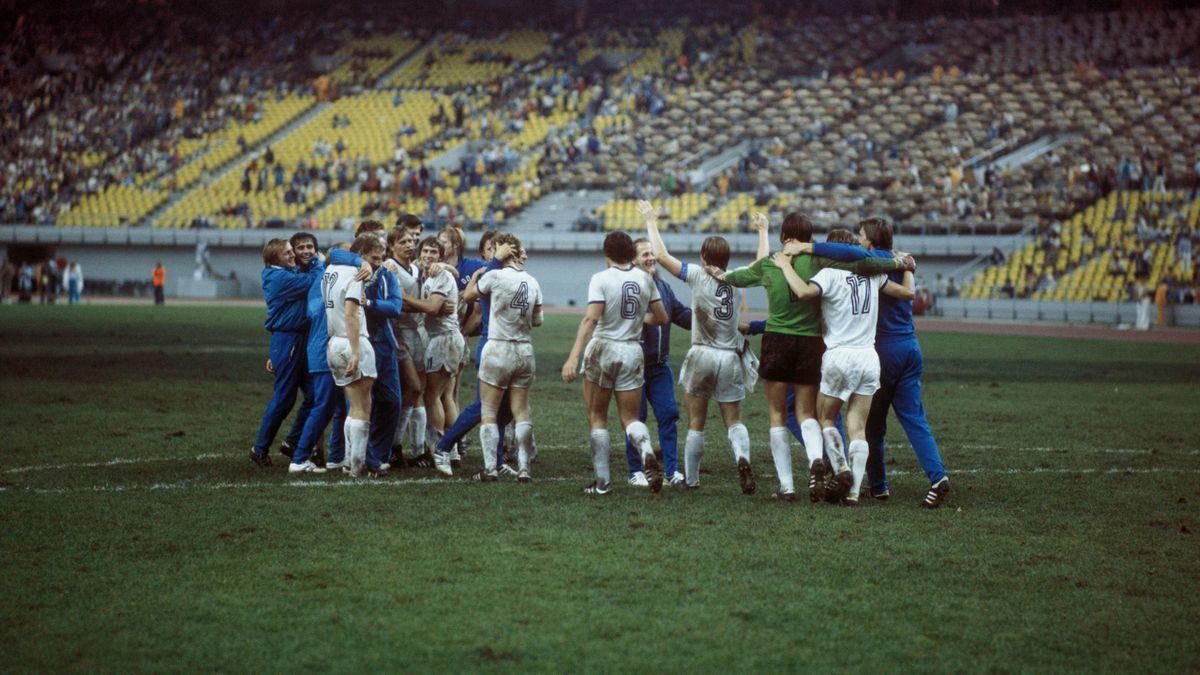 Die DDR-Auswahl jubelt über Gold im Fußball bei Olympia 1976 in Montreal