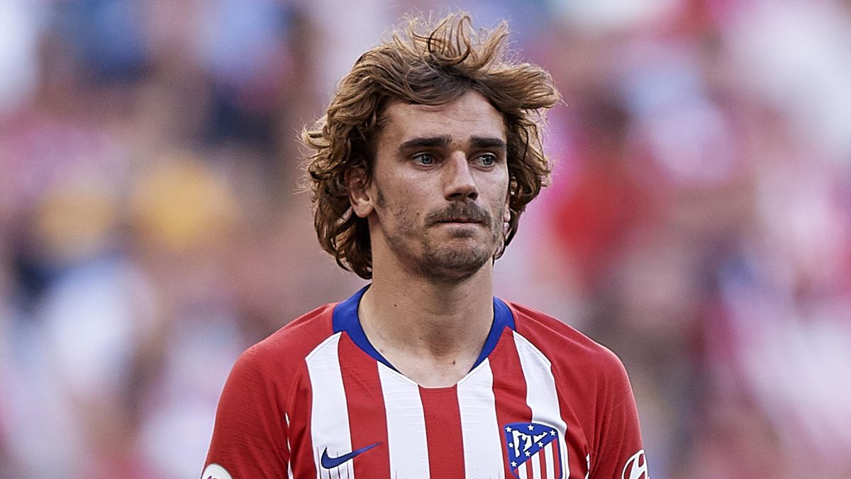 Antoine Griezmann of Club Atletico de Madrid looks on during the La Liga match between Club Atletico de Madrid and Sevilla FC at Wanda Metropolitano on May 12, 2019 in Madrid